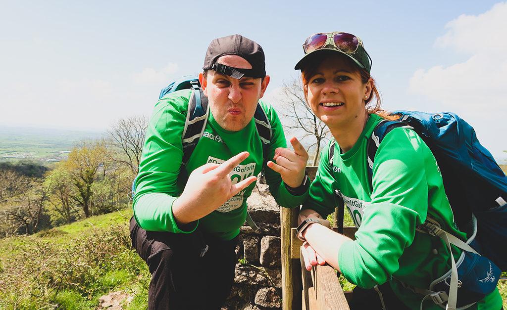 To my - Natalia i Dominik, podczas treningu do marszu długodystansowego na 100km w Cheddar