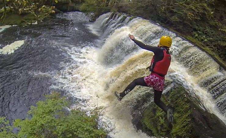Kanioning w walii, ekstremalne sporty i pomysl na weekend