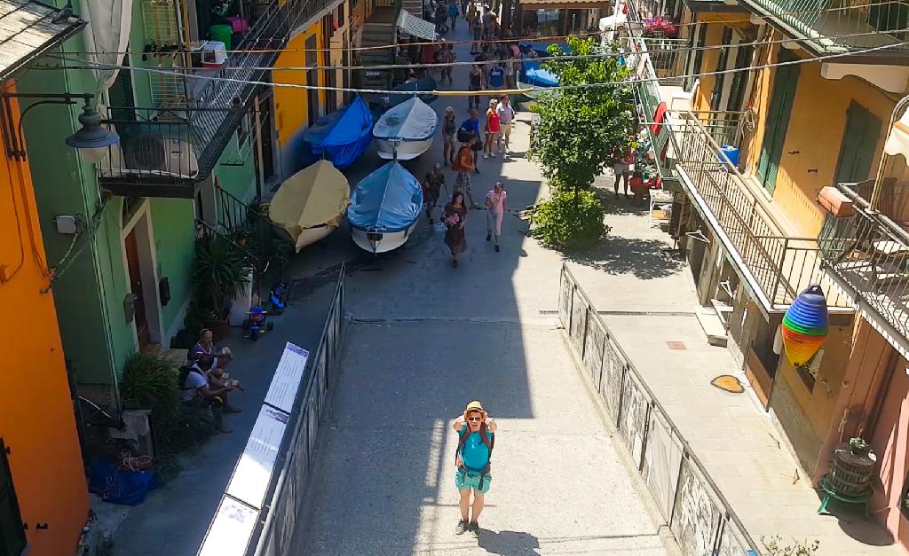 Ulice miasteczka Manarola w Cinque Terre