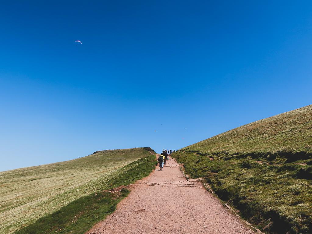 Weekendowa wspinaczka na Pen Y Fan najwyższy szczyt w Brecon Beacons